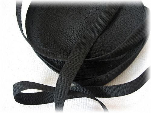 popruh černý-šíře 25 mm