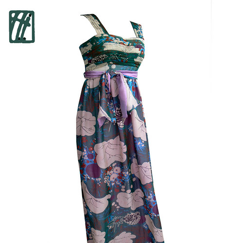 Šaty pro Semiramis