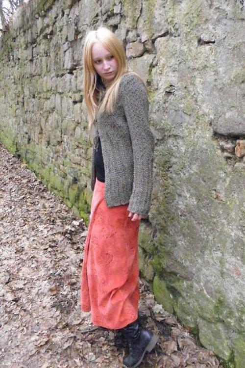Korálová sukně