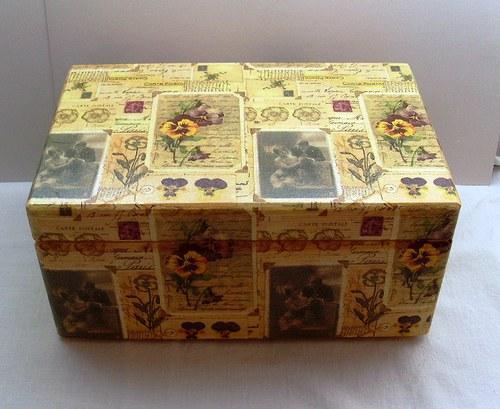 krabice (box) s víkem + úchyty