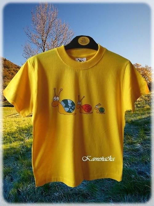 Dětské tričko se šnečky