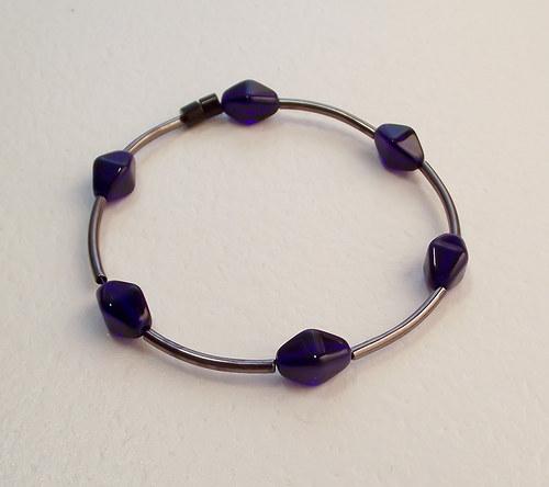 Tmavomodré lucerny - náramek