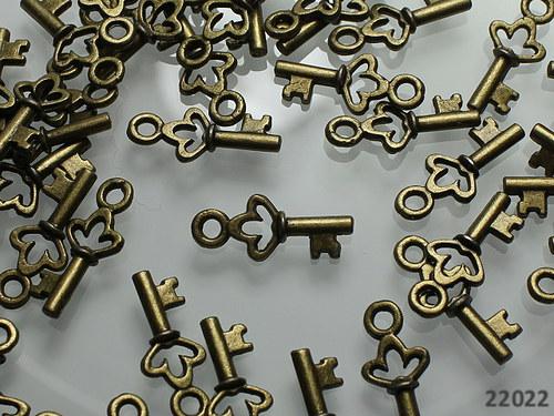 22022  Přívěšek bronz 3D klíč 18/7, bal.5ks!!