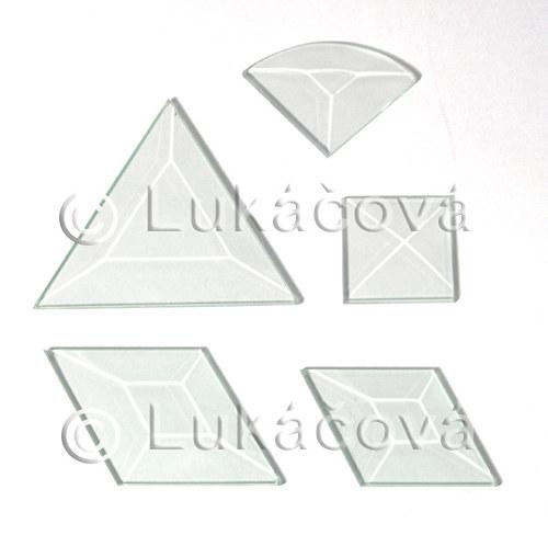 1. Skleněné fazety - rovnostr. trojúhelník 7,5cm