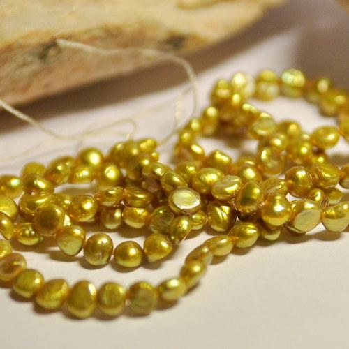 PR2 Říční perly Golden 4mm /25ks
