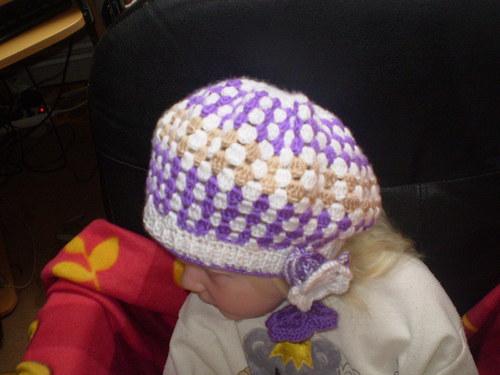 dívčí čepice -baret