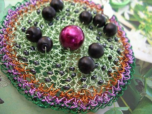 Černé bobulky - drátěný náhrdelník