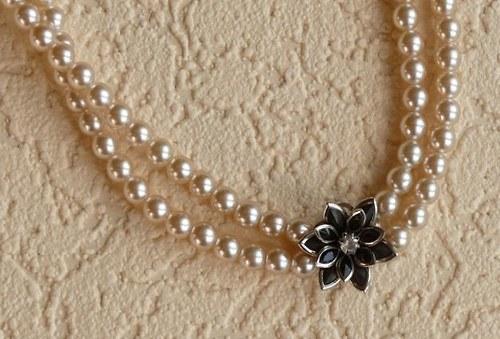 květina - náhrdelník dvouřadý