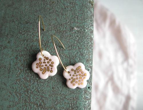 Náušničky na háčku - květinky