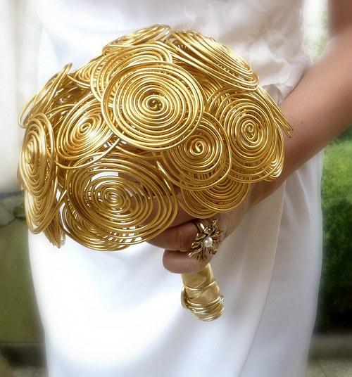 Svatební kytice Zlatý věk + korsáž