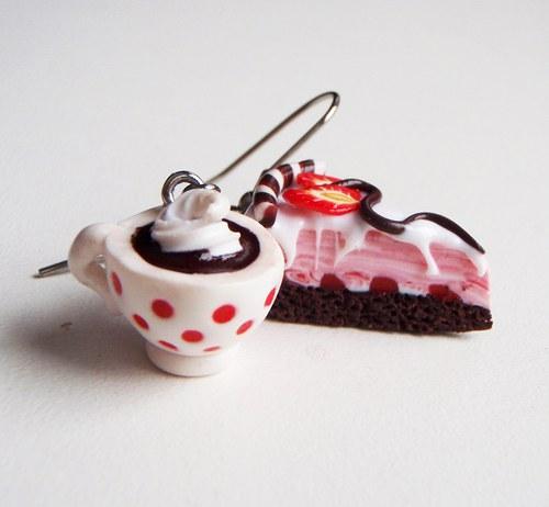 Dortík s horkou čokoládou