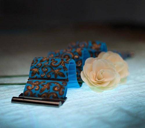 Ručně malovaný pásek