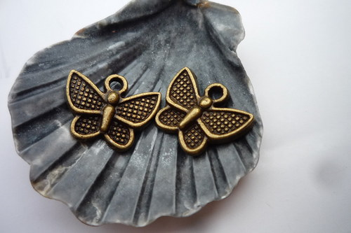 motýlek 4 ks