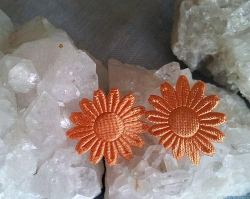 Saténová květinka do ouška - oranžová