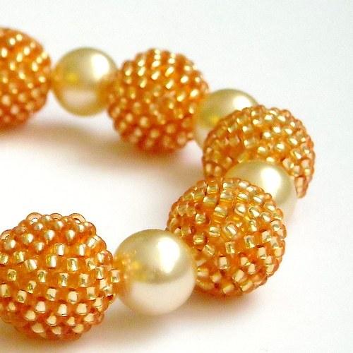 Perles abricotées