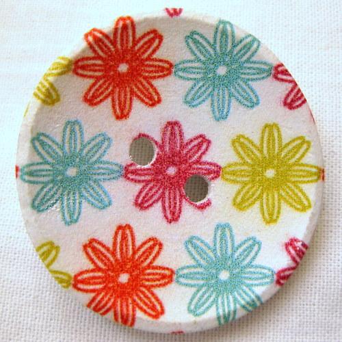 knoflíková sponkobrož květinky čtyř barev