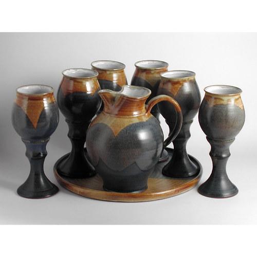 Vinný set,džbán 1,5 litru tác na poháry