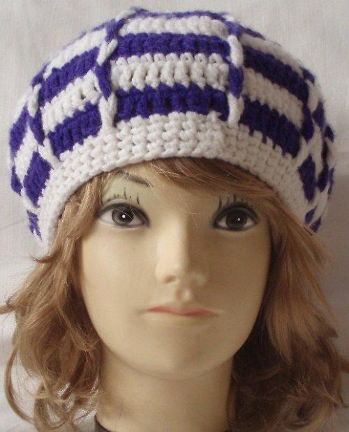 Háčkovaný baret