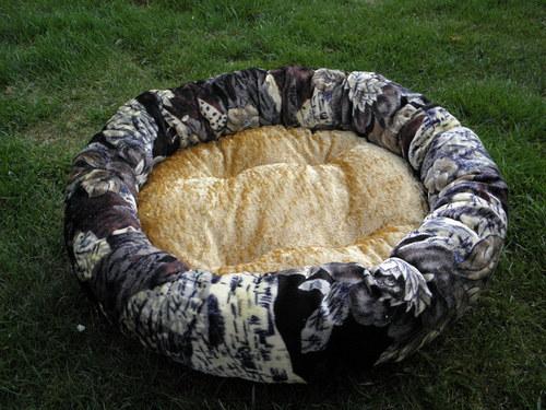 hnízdo velké