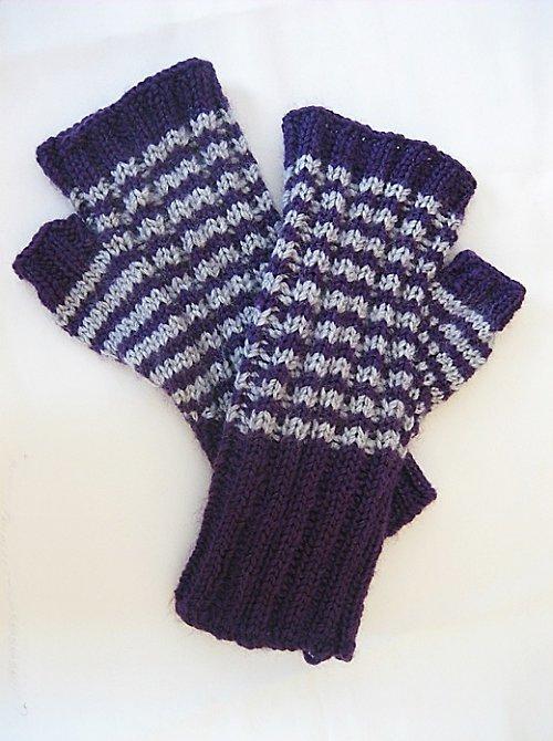 Bezprsťáky prouhaté krátké šedo-fialové