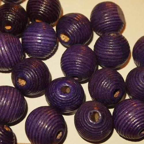Dřevěné korálky -vlnkované kuličky 20mm (cena14ks)