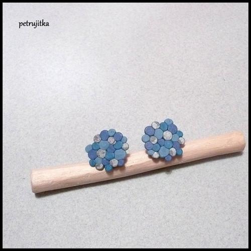 Molekuly modrostříbrné