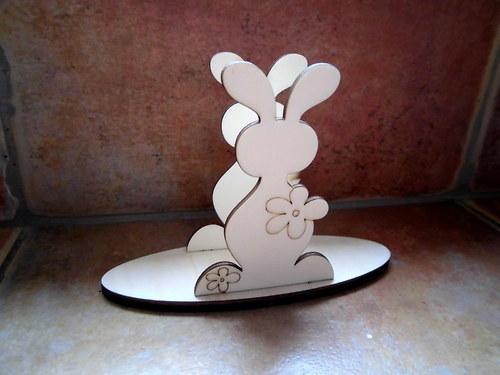 Stojánek na ubrousky zajíc v.10,5x6,7cm
