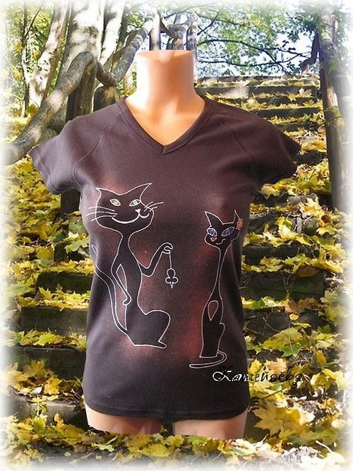 Dámské tričko s kočičkami a myškou