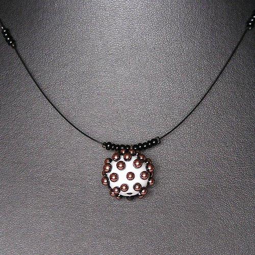 Náhrdelník z korálků Ježek  -  vinutá perle