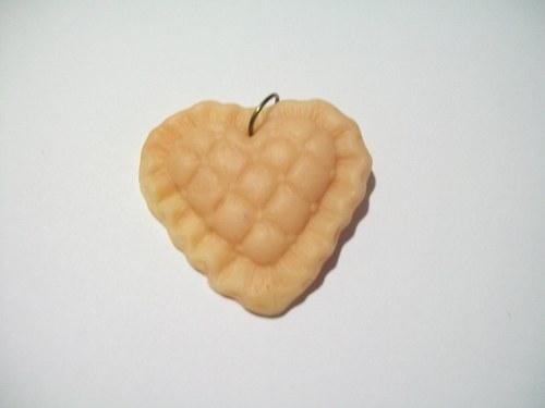 srdíčko z fima 3,4 x 3 cm / 8,-Kč