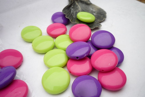 akrylové korálky 24ks - lentilky