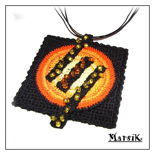 Zářivý náhrdelník s perličkami