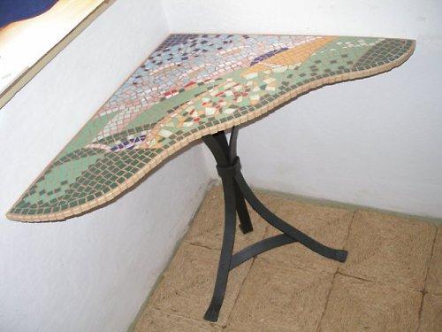 Rohový mozaikový velký stůl