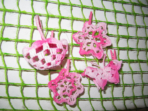 Háčkovaná dekorace - růžová sada