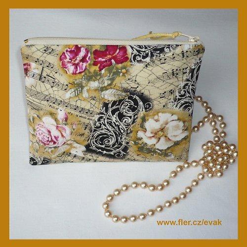 *Opus pro růže - taštička do kabelky.