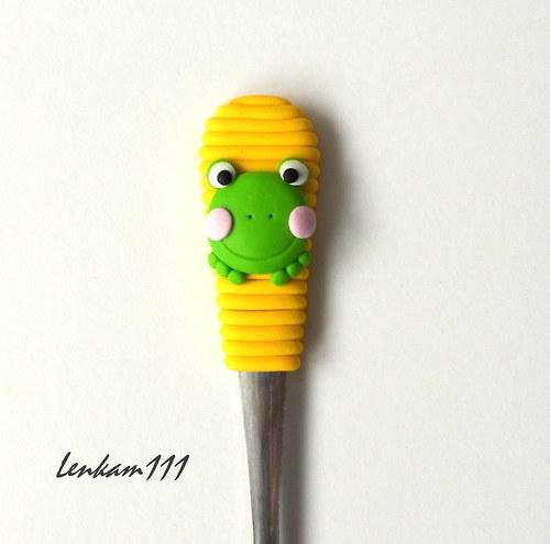 Lžička se žabkou