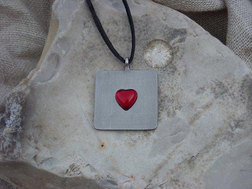 Srdcová plaketka červená