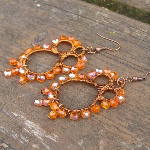 Oranžové drátěné