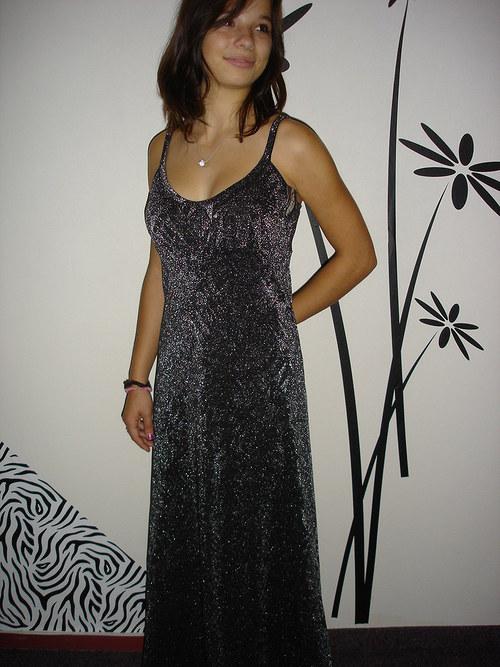 černostříbrné společ.šaty  vel.38-40 SLEVA