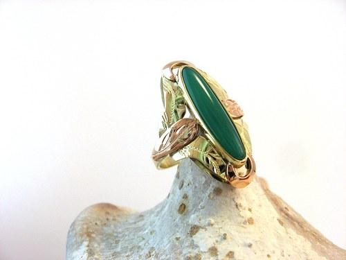 Gold&Green eye -  prsten zlatý s Chryzoprasem.