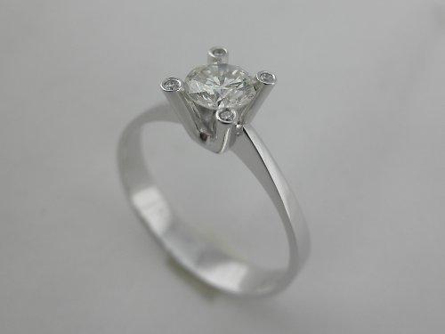 """Prsten \""""Pátý element\"""""""