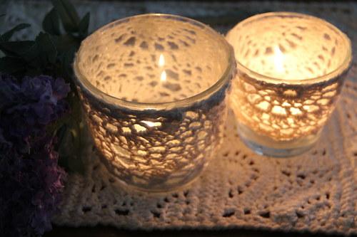 Romantický krajkový svícen skleněný na čajovku