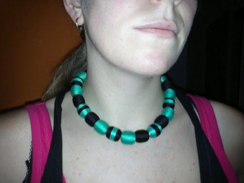 Tyrkysovo-černý náhrdelník