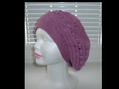 Háčkovaný dámský baret