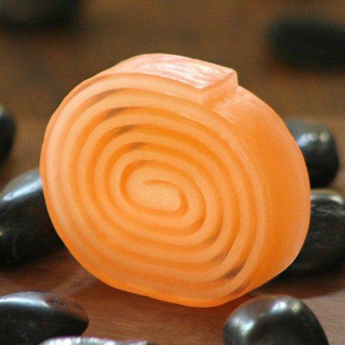 Přírodní mýdlo s vůní pomeranče a zázvoru
