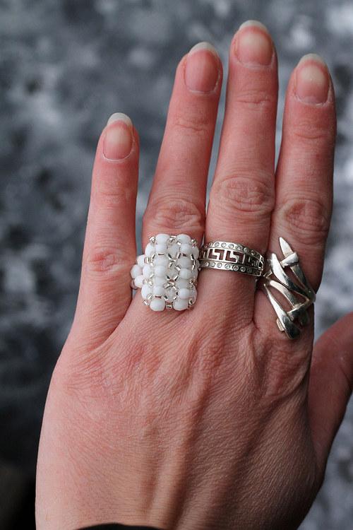 Alabastrový prsten s kapkou stříbrné 4