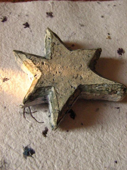 Hvězdička 5,4x5 cm keramika