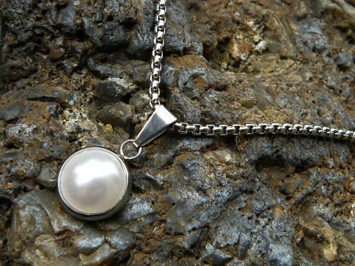Přívěšek - nerezový perlový
