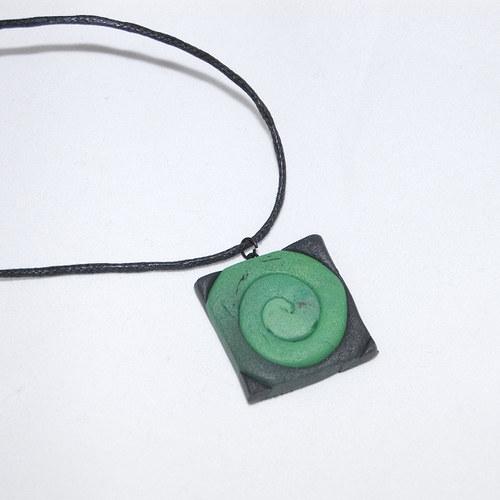 911 náhrdelník