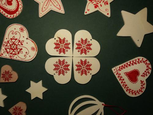 Vyšívané vánoční ozdoby